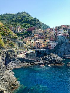 Cinque Terre by @lostinflorence | Nardia Plumridge-www.lostinflorence.it