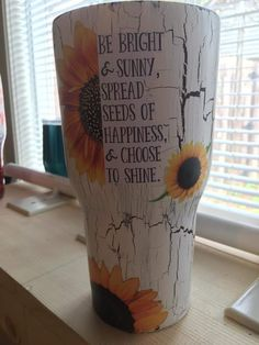 Diy Tumblers, Acrylic Tumblers, Custom Tumblers, Vinyl Projects, Craft Projects, Tumblr Cup, Cute Cups, Glitter Cups, Tumbler Designs