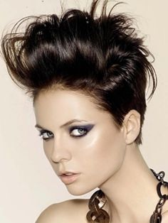 133 best Women's Pompadours images on Pinterest | Short hair, Hair ...