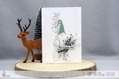 "Eva : #Tampons et #matrices de coupe #dies #4enSCRAP ""Les petits #Lutins"" #hiver #scrapbooking #DIY #loisirscréatifs #carte #carterie Mini Albums, Tampons Transparents, Bookends, Scrapbooking Diy, Christmas, Cards, Home Decor, Greeting Card, Typewriter"