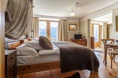 Die schönsten und speziellsten Schweizer Hotels, Herbergen und Hütten Bed & Breakfast, Tola, Das Hotel, Hotels, Travel Inspiration, Modern, Doors, Wallis, Luxury