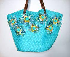 Borsa donna in paglia turchese con decorazioni, regalo per lei - Turquoise straw bag with decoration, gift for her di ArtMadeBijoux su Etsy