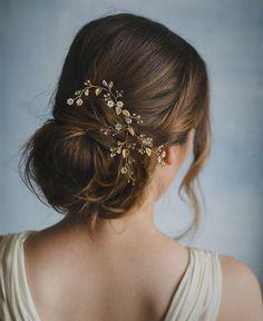Petite flowers hair vine, floral comb, style 243   Elibre handmade headpiece  Nadia di Falco photography  MUAH: Stefania Bon  Dress: Oui cheri   Model: Elena Semenzato