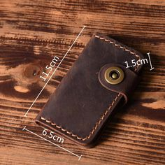 Overview: Design: Handmade Leather Mens Cool Key Wallet Key Holder Car Key Case for MenIn Stock: Ready to Ship (2-4 days)Include: Only HolderCustom: NoColor: D