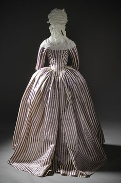 Robe a l'anglaise, 1785-90 From LACMA