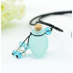 hellblaue Phiole an einer Halskette mit ätherischem Öl befüllbar Water Bottle, Headphones, Drop Earrings, Witchcraft, Diy Ideas, Jewelry, Necklaces, Style, Corks