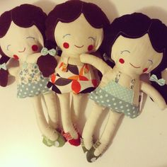 I made themm. Rag Dolls, Fabric Dolls, Book Quilt, Cute Girls, Doll Clothes, Minnie Mouse, Overalls, Felt, Quilts