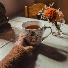 "Maddalena 🎶 viola da gamba on Instagram: ""Waiting for the sun to shine 🌲🌳🍵🌿🌲✨☔ . . . #homesweethome #homedecor #homeinspiration #spring #rainyday #interiors #tea #meditation…"" Waiting, Meditation, Sweet Home, Interiors, Sun, Spring, Tableware, Pictures, Inspiration"