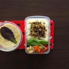 今日雪ふるかなあ - 5件のもぐもぐ - タッパ弁当&クリームスープ by spoonlog