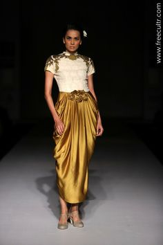 Dozakh by Kartikeya & Isha Wills Lifestyle India Fashion Week Dozakh by Kartikeya & Isha Collection, Designs, Fashion Shows, Cocktail Wear, Pictures and Photos on Bigindianwedding India Fashion Week, Fashion Today, Asian Fashion, Cocktail Wear, Cocktail Gowns, Wills Lifestyle, Asian Bridal, High End Fashion, Ball Gowns