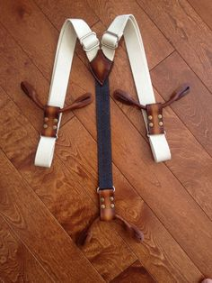Sewing Men Projects Custom Men's Suspenders / Braces - Suspenders are coming back in a big way, and one of the most fun projects around is making your own. Our step-by-step guide will help you make yours. Braces Suspenders, Leather Suspenders, Leather Braces, Leather Men, Leather Jackets, Pink Leather, Leather Bag Tutorial, Sewing Men, Diy For Men