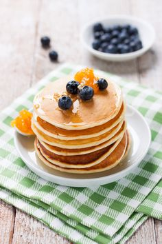 American pancake recipe - American pancakes: the perfect quick recipe for brunches and snacks! Best Mexican Recipes, Quick Recipes, Mexican Food Recipes, Cooking Recipes, Vegan Breakfast Recipes, Best Breakfast, Brunch Recipes, Pancake Recipes, Cake Rapide