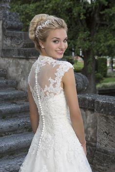 Taft en Tule, trouwjurk, bruidsjapon, kanten jurk, jurk met mouw, jurk aparte…