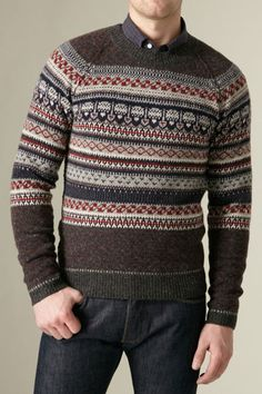 I bought this Shipley & Halmos sweater -on sale- at Barney's COOP last night... a little christmassy but I think fair isle will be around next fall... Amazing great fabric and one third of the original price! :)