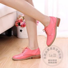 Slender Cow Split Single Shoes Strappy Womens Shoes Solid Women Brand Shoes Japanned Leather Low Top Women Flat Shoes Glamour