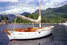 JEANNETTE was built and sails near Victoria, BC.