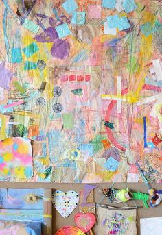 How to make large scale collaborative murals with kids Murals For Kids, Art For Kids, Group Art Projects, Collaborative Art Projects For Kids, Clay Projects, Collaborative Mural, Process Art, Preschool Art, Mural Painting