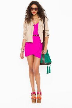hot pink dress. I like.
