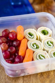 25+ Healthy Back to School Lunch Ideas are perfect for your children's packed lunches. Healthy treats and sweets to light meals and easy snacks.