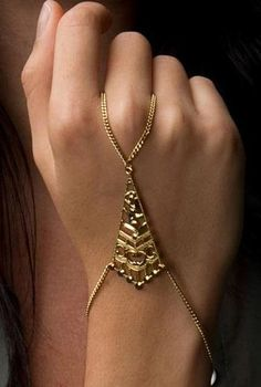 #Filigree #Hand #Chain