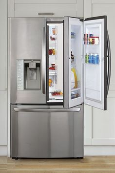 This 4-door fridge includes a magnetically sealed compartment within the right hand door, so you can access often-used items without letting cool air escape from the whole refrigerator.