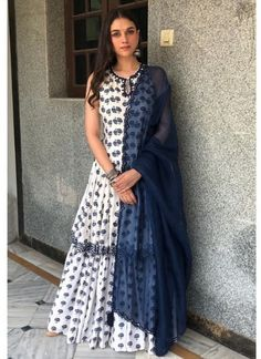 Aditi Rao Hydari in a Punit Balana lehenga/chuditar outfit from their new summer collection She rounded the look with simple oxidized jhumkas and wavy hair. Pakistani Dresses Casual, Indian Fashion Dresses, Dress Indian Style, Indian Outfits, Fashion Outfits, Indian Clothes, Indian Attire, Indian Ethnic Wear, Sharara Designs