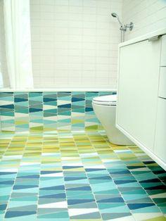 Kleurige badkamertegels van Hulburd Design | ELLE Decoration NL