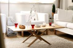 Iittala Christmas Home. Iittala + Kotipalapeli collaboration. Sarjaton glasses, Teema square & triangle dishes, Kivi and Kastehelmi votives, Aalto vase.