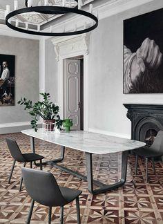 Téléchargez le catalogue et demandez les prix de Medley   table en marbre By bonaldo, table de salon ovale en marbre design Alessandro Busana