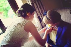 Wedding- bride and mother of the bride. Photography by Sara callow.