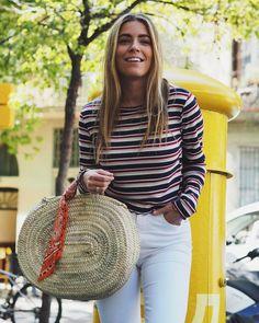 Ya tenéis #makeuproutine en #instgramstories ¿os ha gustado?👍🏼/👎🏼 (P French Baskets, Straw Bag, Street Style, My Style, Crochet, Tops, Women, Instagram, Fashion