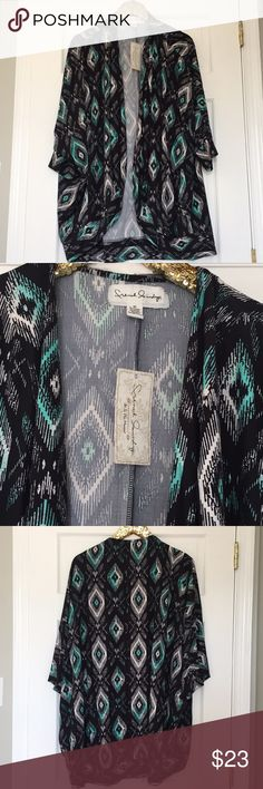 French Laundry Plus Size Kimono Size 3X New! French Laundry Plus Size Kimono Size 3X. Brand new with tags! 95% Polyester 5% Spandex French Laundry Tops