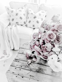 ♥ ⋱‿ ‧:••:ᗋᑎᏋ ‧:••: ԼᏋᏋԼᗋ ‧:••: ♥ Fade Color, Soft Colors, Aura Colors, Colour Board, Shabby Chic Style, Light Shades, Earth Tones, Cottage Chic, Vintage Pink