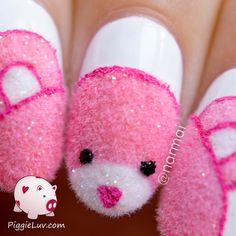 Fuzzy pink teddy bear nail art - 2 cute! will never do this on my nails, maybe the process