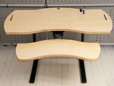 XO2 CR Desk in Maple