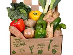 More than 120 Asda stores across the UK will start stocking the boxes, which the supermarket says will contain enough seasonal vegetables and salad ingredients to feed a family of four for one week. Fruit Box, Fruit And Veg, Chefs, Uk Supermarkets, Vegetable Packaging, Vegetable Boxes, Organic Packaging, Vegan Shopping, Food Packaging Design