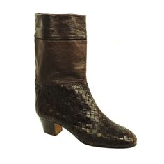 d6f4f810e70e Vintage new Bottega Veneta Brown Leather Woven Boots