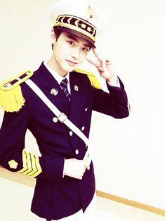 Lee Jong Suk as Park Soo Ha