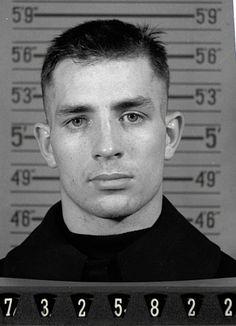 Foto de inscrição de Jack Kerouac na marinha dos EUA.