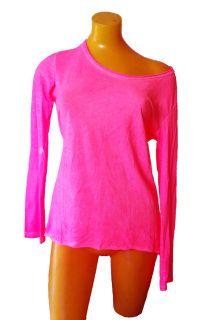 Camiseta estilo desteñida. Prenda perfecta para ir de sport y fresca a la vez durante la primavera. De corte recto, por debajo de la cintura, pontela ladeada y dale un toque femenino. Disponible en rosa.