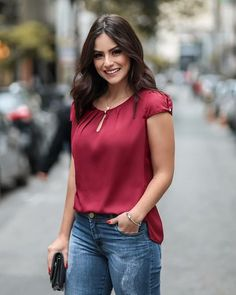 Women's Tops and Blouses Popular Items Classy Outfits, New Outfits, Casual Outfits, Cute Outfits, Blouse Styles, Blouse Designs, Work Wear, Fashion Dresses, Plus Size