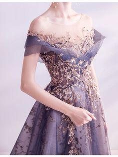 Ball Dresses, Ball Gowns, Evening Dresses, Formal Dresses, Purple Evening Gowns, Glitter Prom Dresses, Purple Grad Dresses, Purple Dress, Estilo Cool