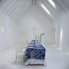 delft-inspired tablecloth karen roos for babylonstoren