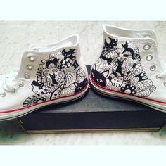 """5 """"Μου αρέσει!"""", 0 σχόλια - NAVAMO (@navamoofficial) στο Instagram: """"Just found some older photos of these """"MEOW"""" hand painted all star shoes that have been given to…"""" All Star Shoes, Old Photos, Hand Painted, Stars, Sneakers, Accessories, Instagram, Fashion, Old Pictures"""