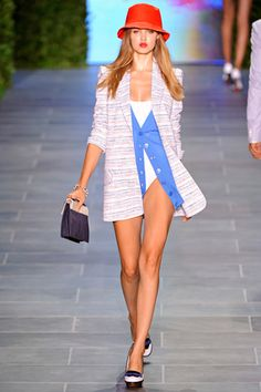 Lindsey Wixson Photos Spring 2011 Ready-to-Wear Tommy Hilfiger - Runway on Style.com