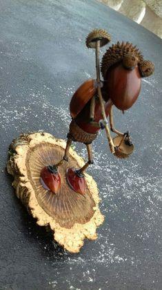 With acorns - handicrafts - Mit Eicheln – Basteln – With acorns – handicrafts – - Twig Crafts, Acorn Crafts, Pine Cone Crafts, Nature Crafts, Mason Jar Crafts, Fall Crafts, Wood Crafts, Diy And Crafts, Crafts For Kids