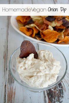 Homemade Vegan Camelized Onion Dip – It's a Lovely Life! Vegan Apps, Vegan Foods, Vegetarian Snacks, Vegan Appetizers, Appetizer Recipes, Appetizer Ideas, Dairy Free Recipes, Vegan Recipes, Gluten Free