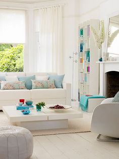 turquoise-living-room - this room has a mild Jetson's feel