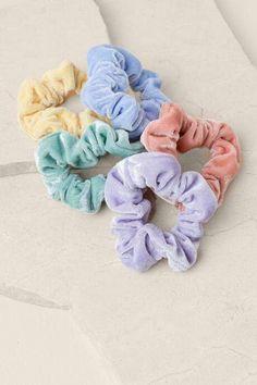 francesca's Nola Pastel Scrunchie Set – Multi – Scrunchies Diy Hair Accessories For Women, Fashion Accessories, Accesorios Casual, Accessoires Iphone, Girly, Twist Headband, Birthday Wishlist, Womens Fashion Online, Cute Jewelry
