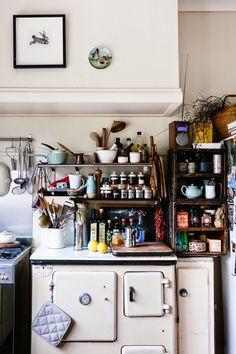 eclectic, retro kitchen. #apartment